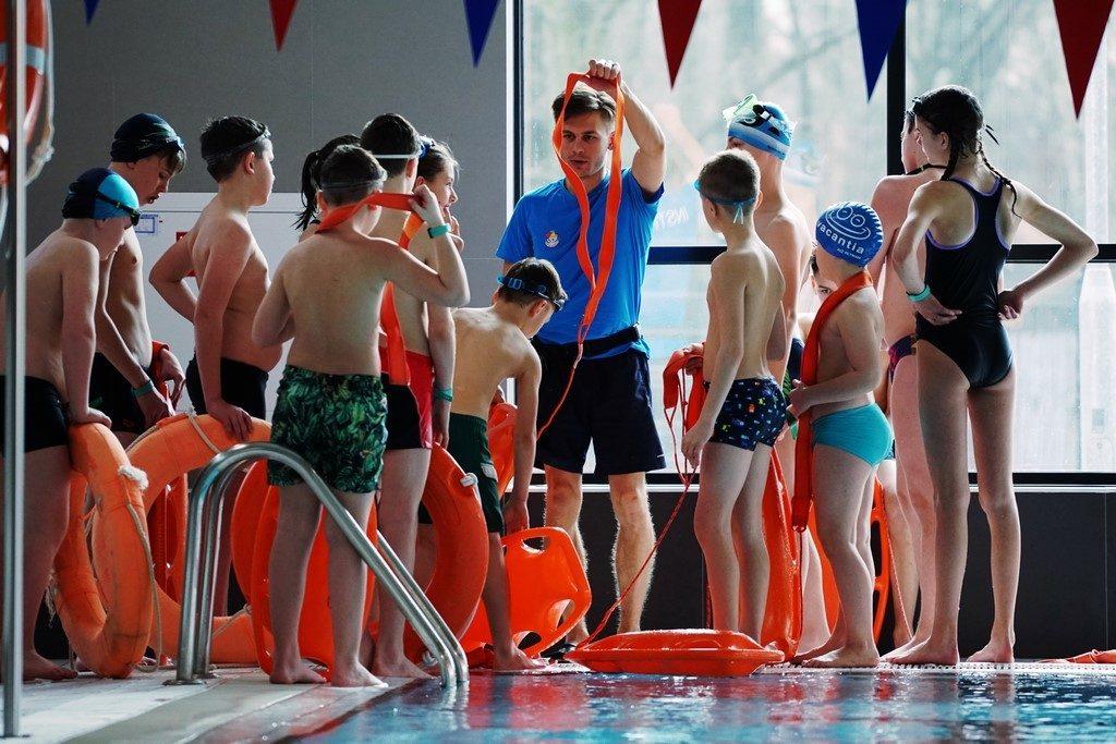 DSC03204 1024x683 - Wakacje iFerie  naFali zAkademią Pływania